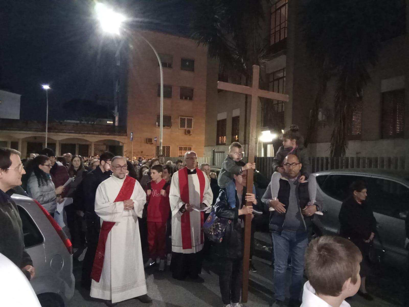Via Crucis per il quartiere 2019